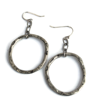 Chain Reaction Single Hoop Earrings